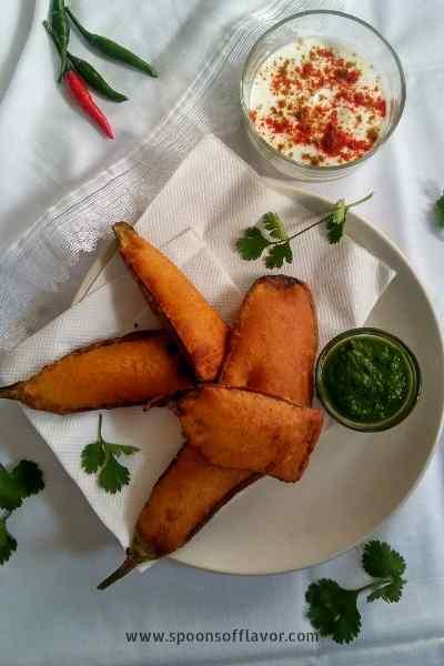 Baingan pakora, Beguni recipe, Indian eggplant fritters
