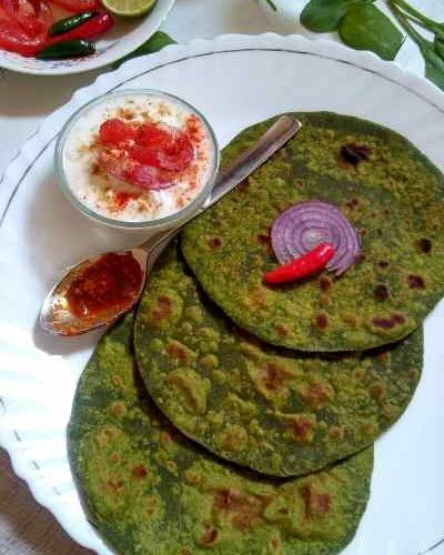 This Spinach Paratha is a healthy, vegan and no onion garlic recipe, can be made in a jiffy.